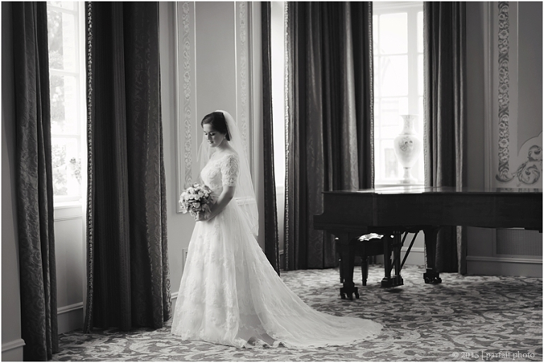 Ellie beaumont texas bridal photography kimberly for Wedding dresses beaumont tx